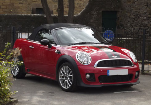 Are you ready to sell your MINI Roadster? Sell your car to the UK's number car buying service, webuyanycar.com.