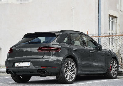 Selling your Porsche Macan couldn't be easier with webuyanycar.com, the UK's number one online car buying service.