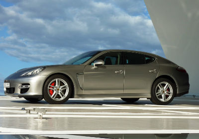 Find out how much your Porsche Panamera is worth with the webuyanycar valuation calculator and sell your car today.