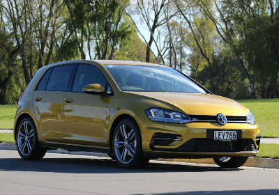Sell your Volkswagen Golf to webuyanycar.com, the quick and easy car buying service.